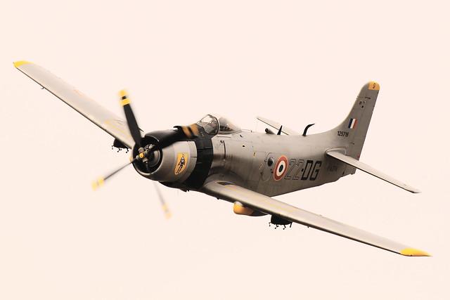 Douglas AD 4N Skyraider