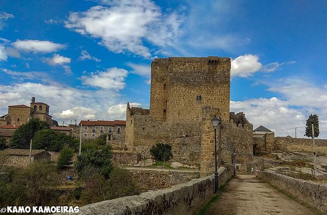 castillo de los davila, puente congosto