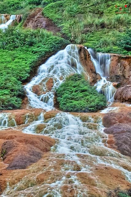 黃金瀑布 Golden Waterfall
