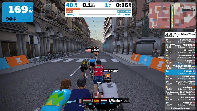 Course féminine à Bologne