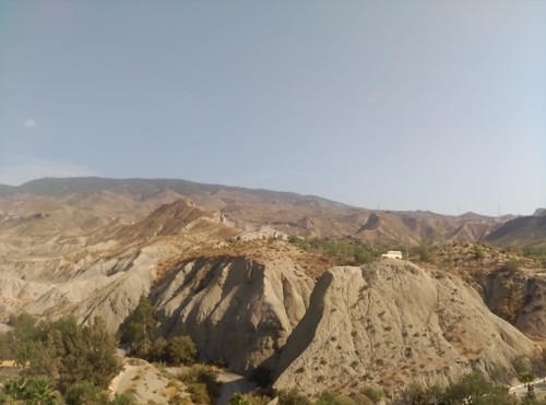 desierto cine erosión badlands areniscas margas sedimentos aridez desert cinema erosion sandstones marls sediments aridity