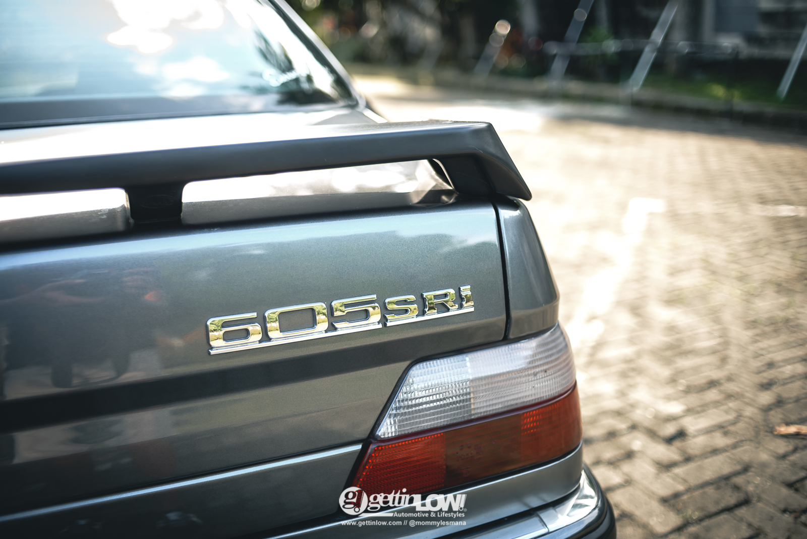 PEUGEOT 605 SRi