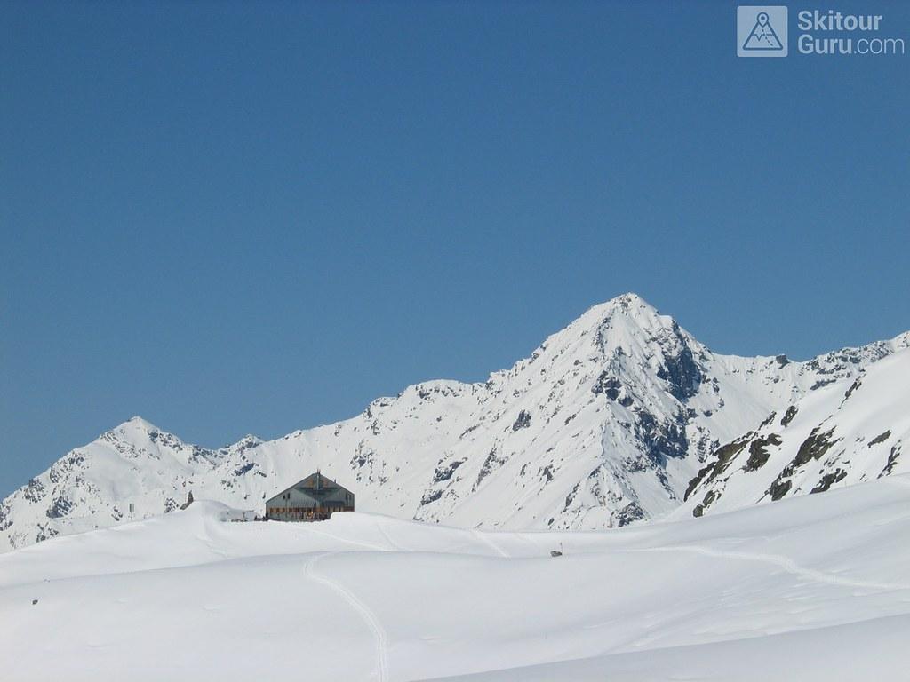 Cabane FXB Panossière   Walliser Alpen / Alpes valaisannes Switzerland photo 05