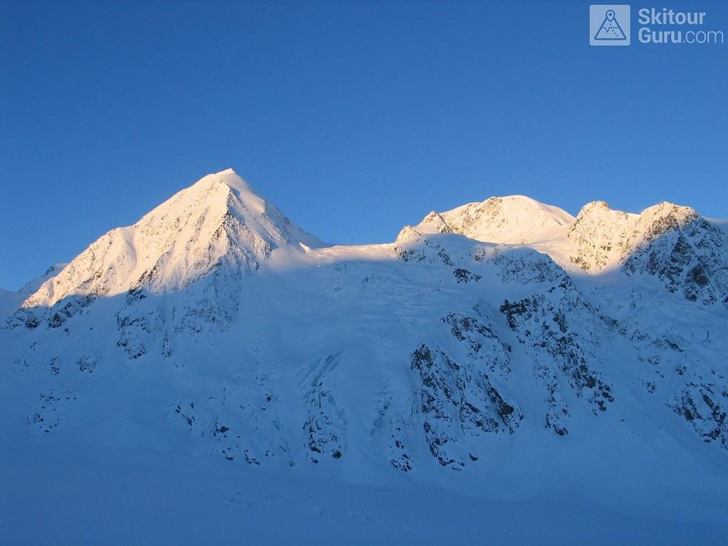 Cabane FXB Panossière   Walliser Alpen / Alpes valaisannes Switzerland photo 02