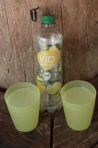 """ViO Bio Limo (bei Rast auf dem Premium-Spazierwanderweg Teutoschleifchen """"Dreikaiserstuhl"""")"""
