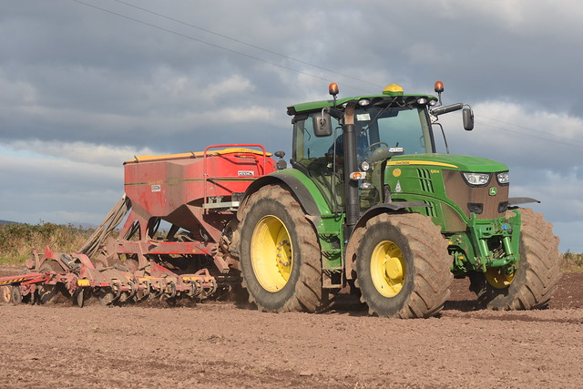 John Deere 6210R Tractor with a Vaderstad Spirit 400S Seed Drill