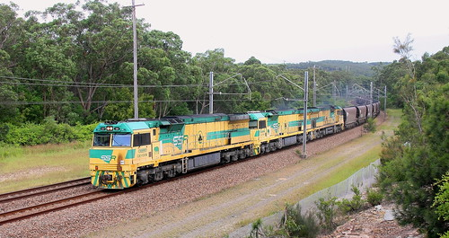 CEY006 + CEY007 & CEY005 LOADED COAL TO VALES POINT POWER STATION - FASSIFERN 16th Apr 2020 | by petercousins47
