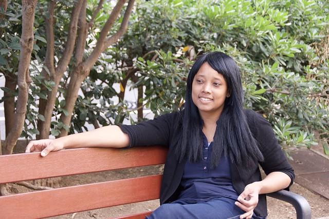 Amable, maca i cooperadora, Marie, còmoda davant la  càmara, metgessa a Trinidad i Tobago i estudiant de negocis a Barcelona,  a l'Av. Josep Tarradellas, Barcelona.