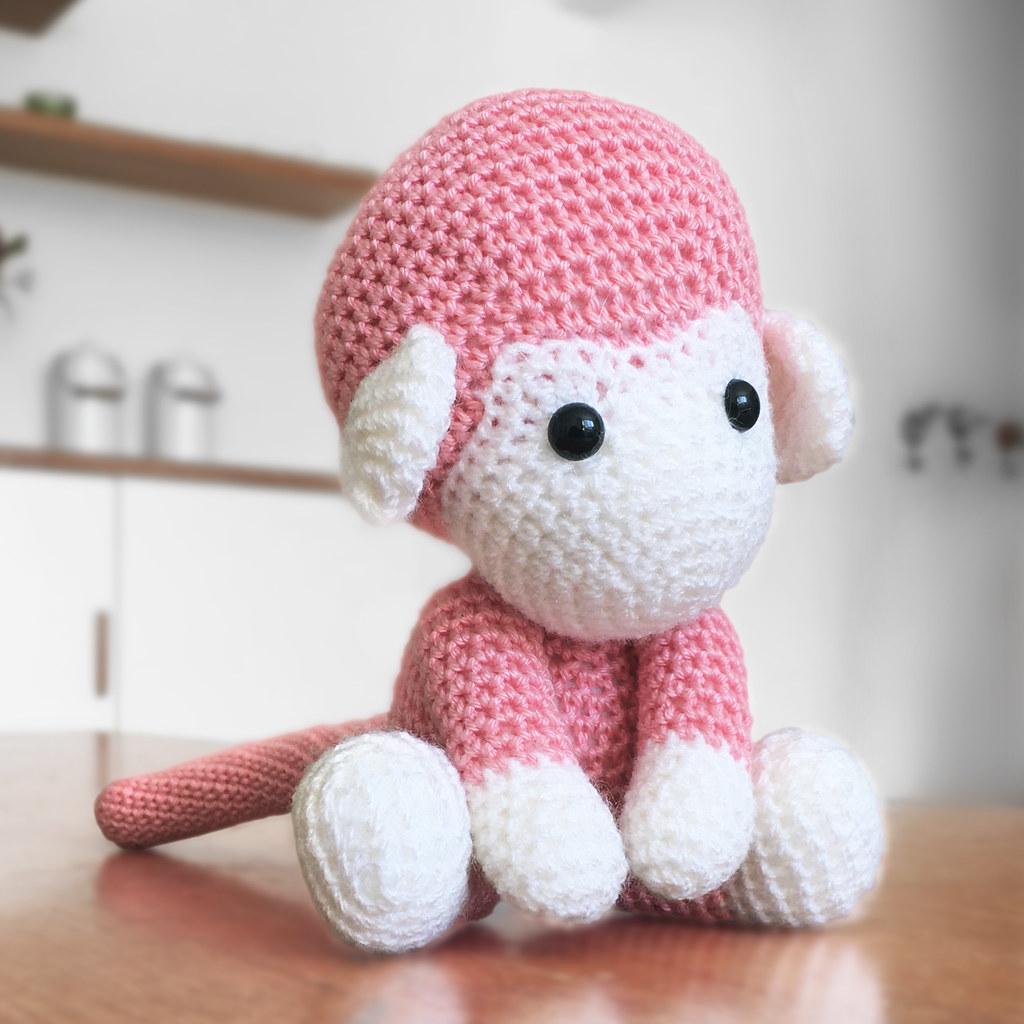 Cuddle Me Monkey amigurumi pattern - Amigurumi Today   1024x1024