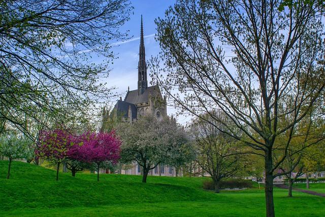 Heinz Chapel in the Spring
