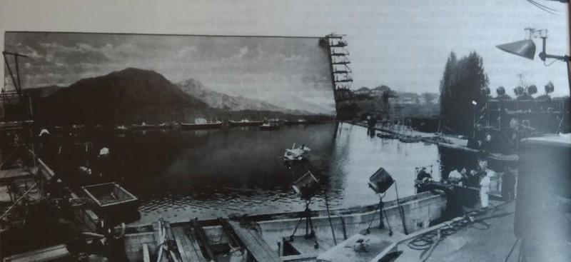 Plateau des studios d'Elstree tranformé en bassin géant - tournage du Peuple des abîmes (Michael Carreras, 1968)