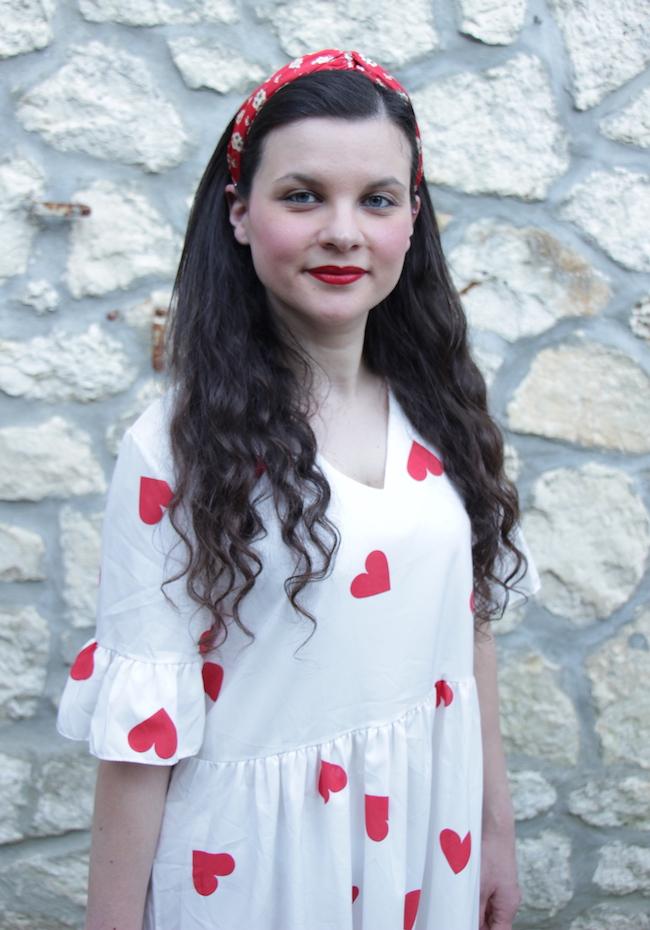 comment-porter-look-robe-blanche-babydoll-coeurs-rouges-converse-blog-mode-la-rochelle-2