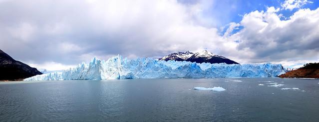 Panoramic Perito Moreno