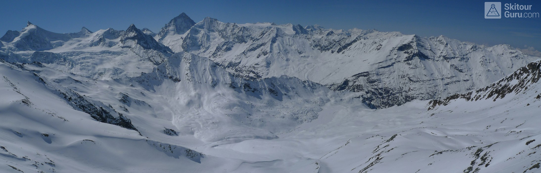 Cabane Tracuit Walliser Alpen / Alpes valaisannes Švýcarsko panorama 18