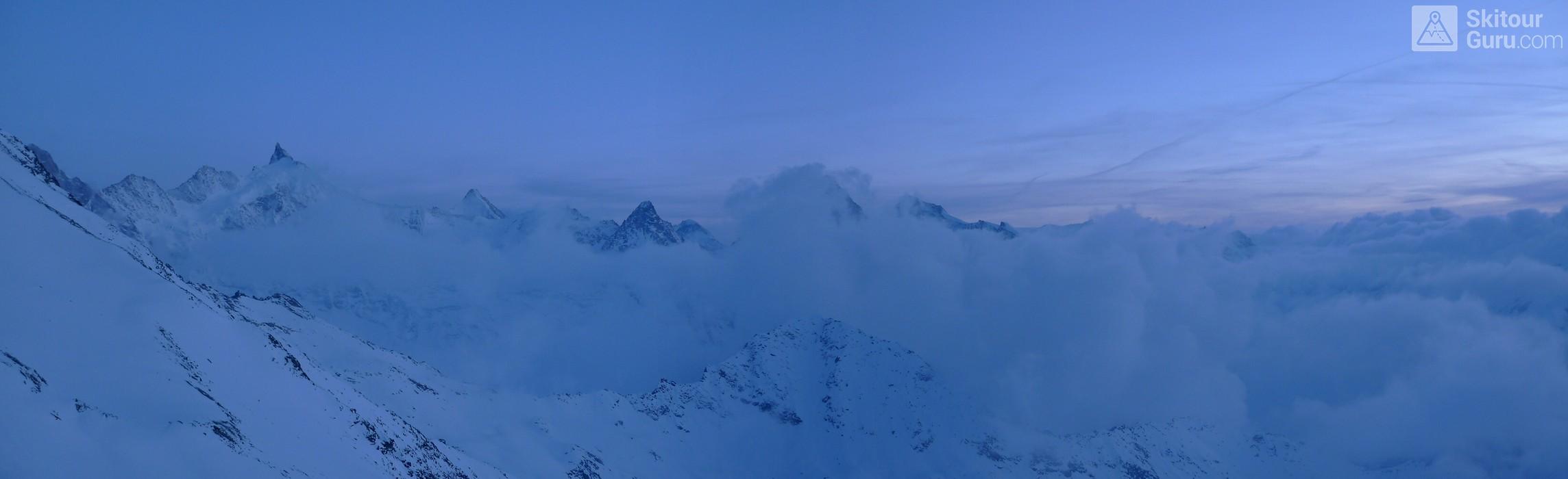 Cabane Tracuit Walliser Alpen / Alpes valaisannes Švýcarsko panorama 22