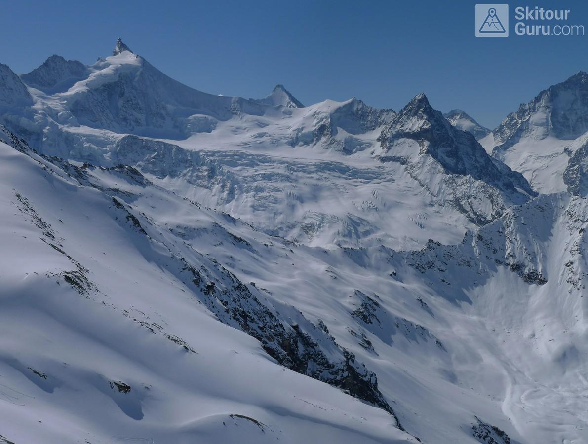 Cabane Tracuit Walliser Alpen / Alpes valaisannes Švýcarsko panorama 15