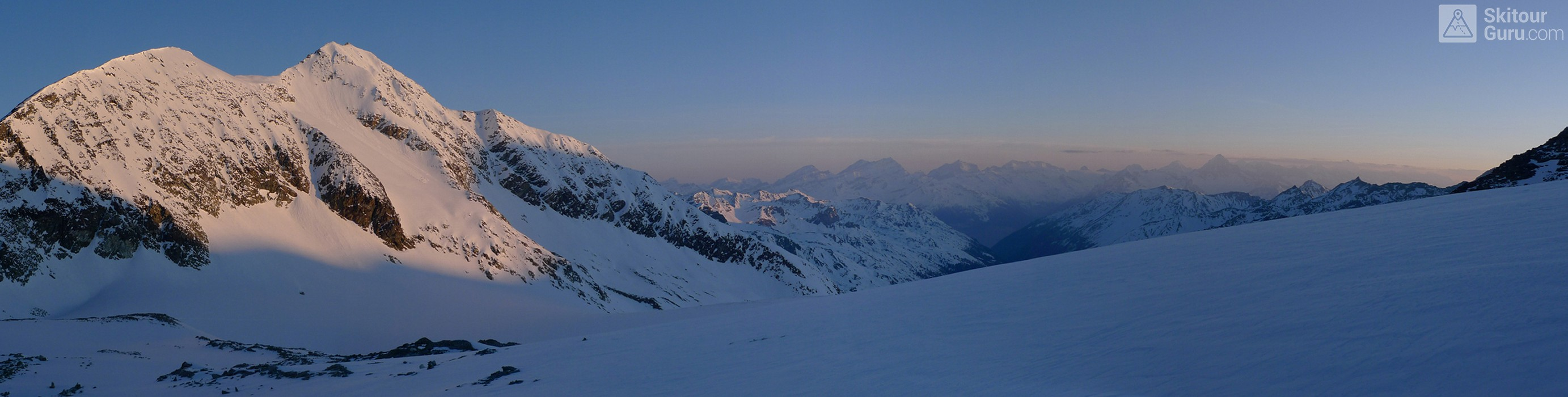 Cabane Tracuit Walliser Alpen / Alpes valaisannes Švýcarsko panorama 19