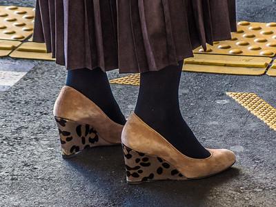 Nihon_arekore_02123_Leopard_heels_100_cl