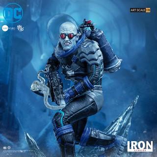 強悍的凍結之力來襲! Iron Studios DC Comics【急凍人 (Mr. Freeze) by Ivan Reis】1/10 比例全身雕像