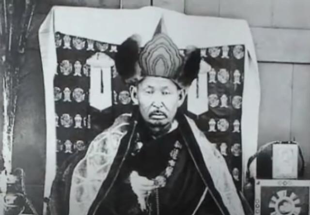 Foto antigua de Itigilov, el duodécimo Pandido Khambo Lama de Rusia