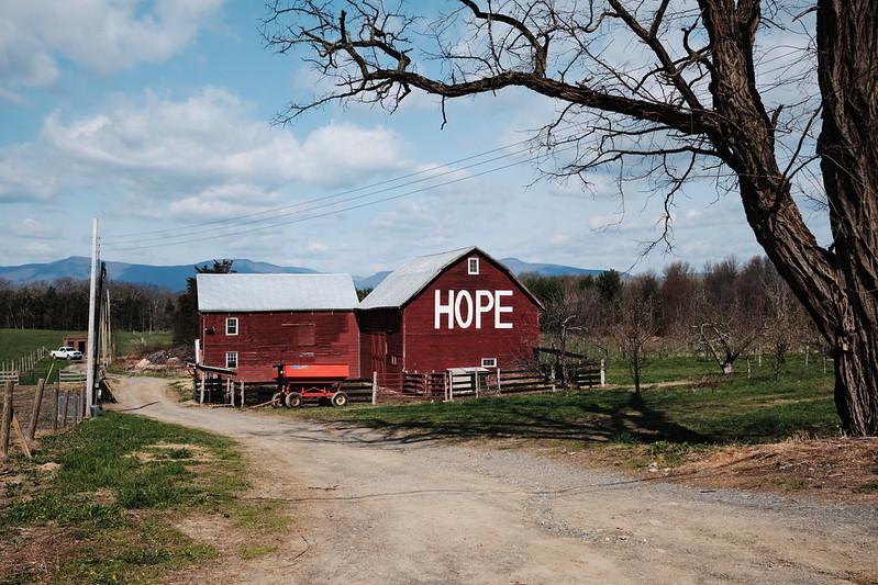 Hope, writen on a barn