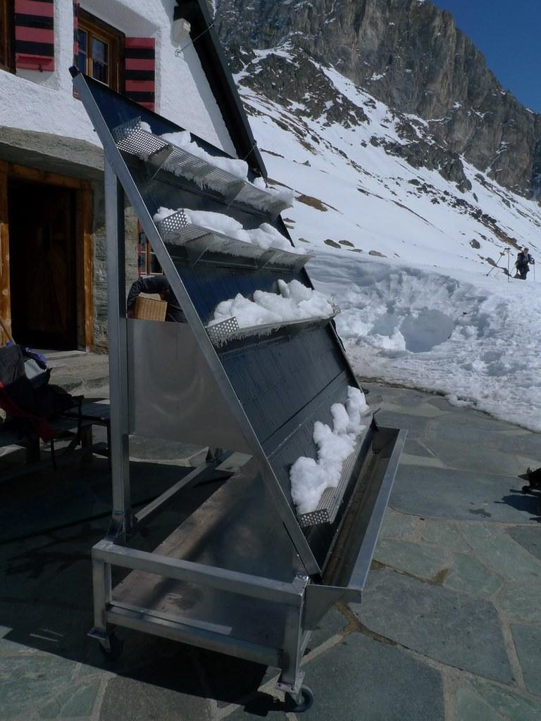 Turtmannhütte / Cabane Tourtemagne  Walliser Alpen / Alpes valaisannes Schweiz foto 02