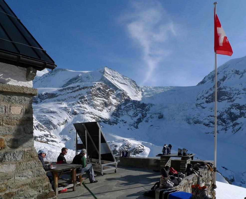 Turtmannhütte / Cabane Tourtemagne  Walliser Alpen / Alpes valaisannes Schweiz foto 05