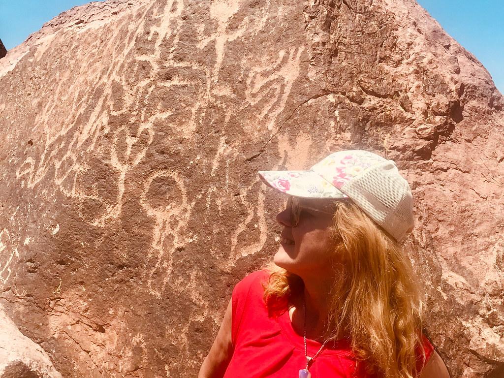 Petroglifos Cerro Tunduqueral