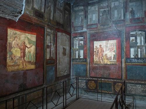 Pompeje: V ulicích a domech kdysi pohřbeného města