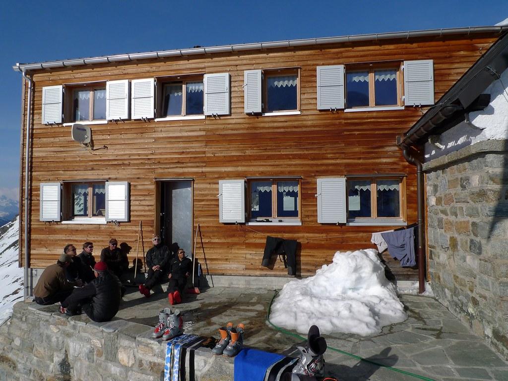 Turtmannhütte / Cabane Tourtemagne  Walliser Alpen / Alpes valaisannes Switzerland photo 01
