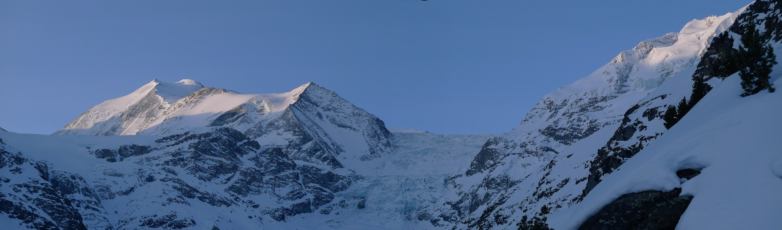 Turtmannhütte / Cabane Tourtemagne  Walliser Alpen / Alpes valaisannes Switzerland panorama 12