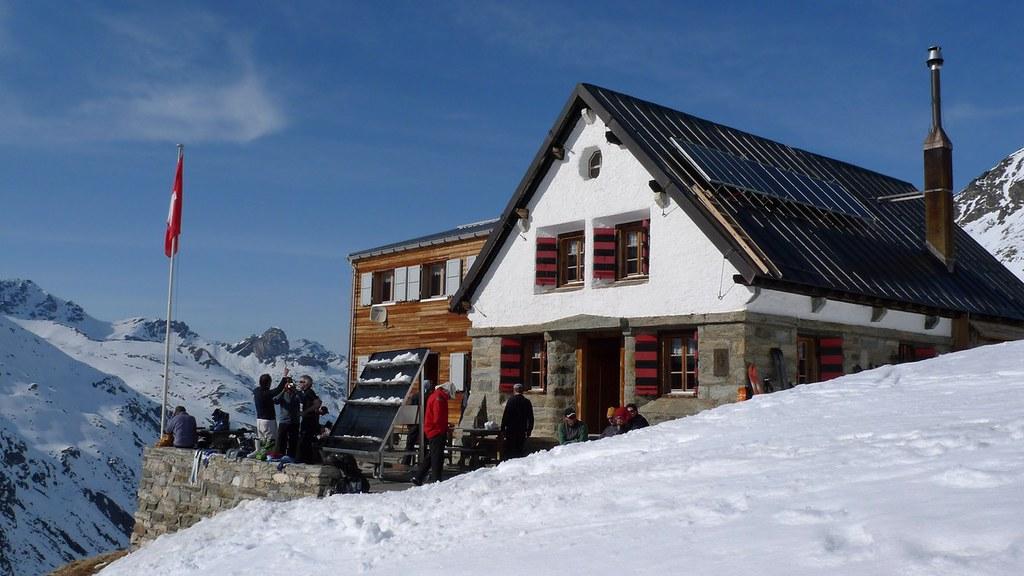 Turtmannhütte / Cabane Tourtemagne  Walliser Alpen / Alpes valaisannes Schweiz foto 03