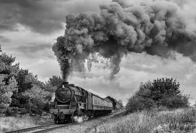 Stanier Black Five no. 45337 raises a smother as it heads west near Sutton Cross (EXPLORED)