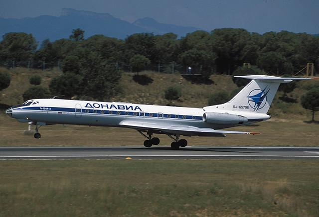 Donavia TU-134A RA-65796 GRO 03/08/1995