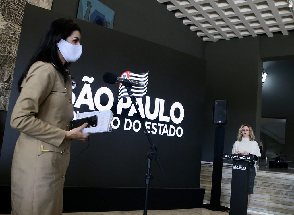 Coletiva de imprensa sobre novas medidas de combate ao coronavírus