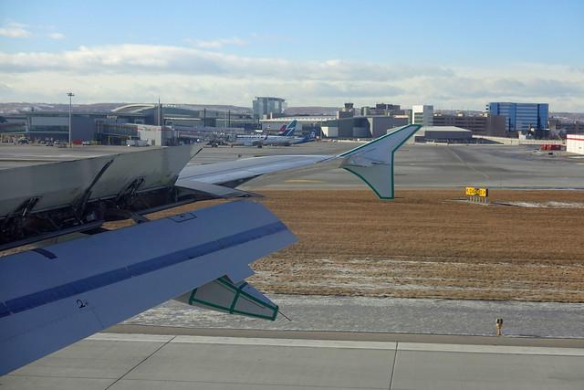 Calgary Airport Landing SR602571