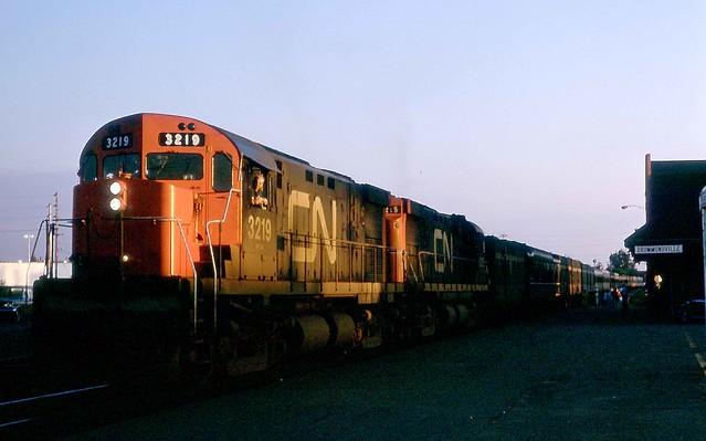 CN #18 3219 3215 DRUMMONDVILLE QC 1967-07-04 © 2016 BILL LINLEY