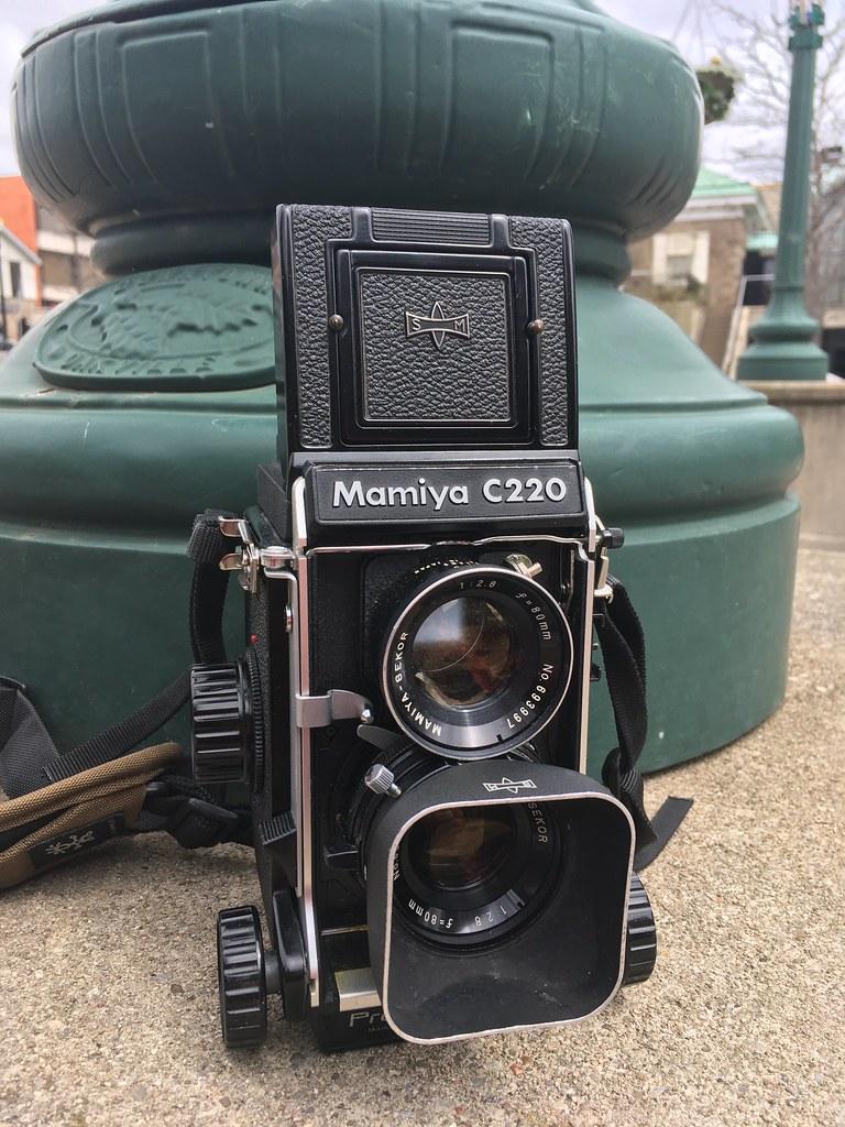 Mamiya C220f