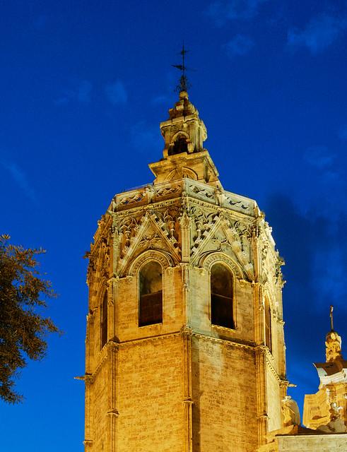 El Micalet (Bell Tower - Valencia Cathedral) Olympus OM-D EM1.2 & M.Zuiko 12-100mm F4 Pro Zoom (DxO Edited)