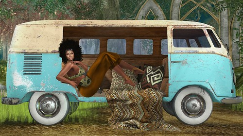 The Surreal Lyfe featuring:: Absolut-Creation & Marina-Bay – Combi-VW