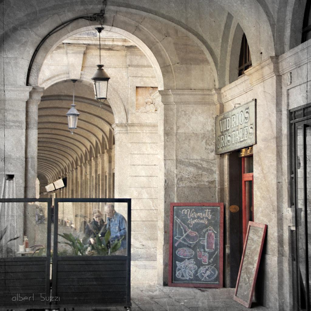 bBcn065:  Barcelona - Ciutat Vella - Sant Pere, Santa Caterina i La Ribera