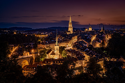 ngc sony a7m3 a7iii switzerland sunset romantic old town unesco world heritage roofs dawn dusk sunrise blue hour golden city capital colorful peaceful bern berne church cathedral street lights night evening skyline clear citylife