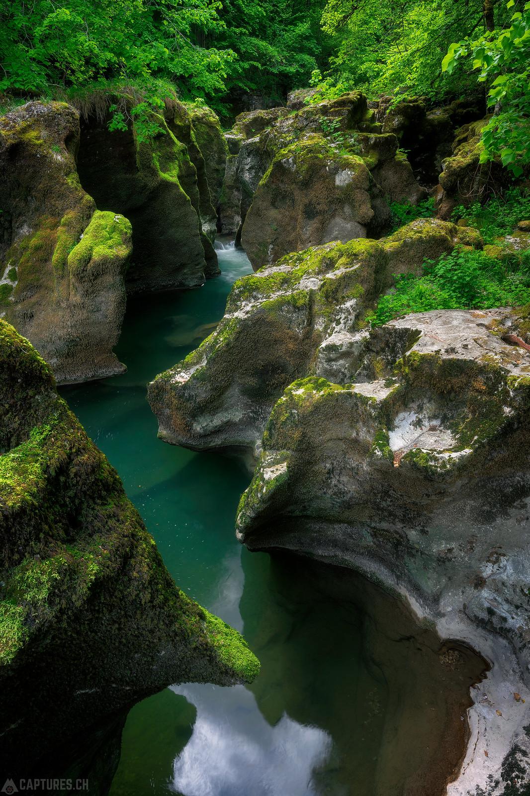 Cliffs - Orbe