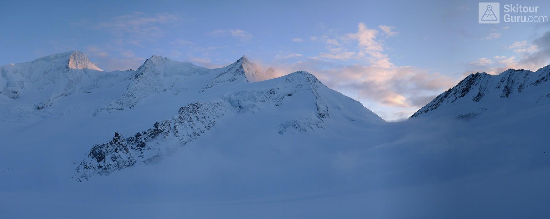 Finsteraarhornhütte Berner Alpen / Alpes bernoises Schweiz panorama 22