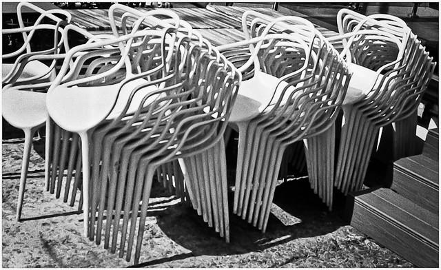 Sillas (Chairs)