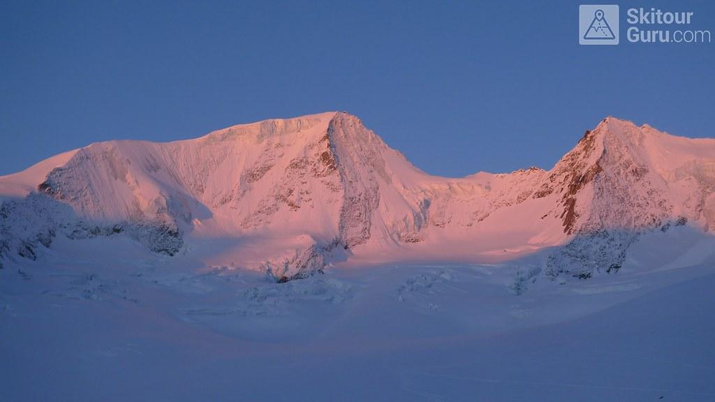 Finsteraarhornhütte Berner Alpen / Alpes bernoises Schweiz foto 20