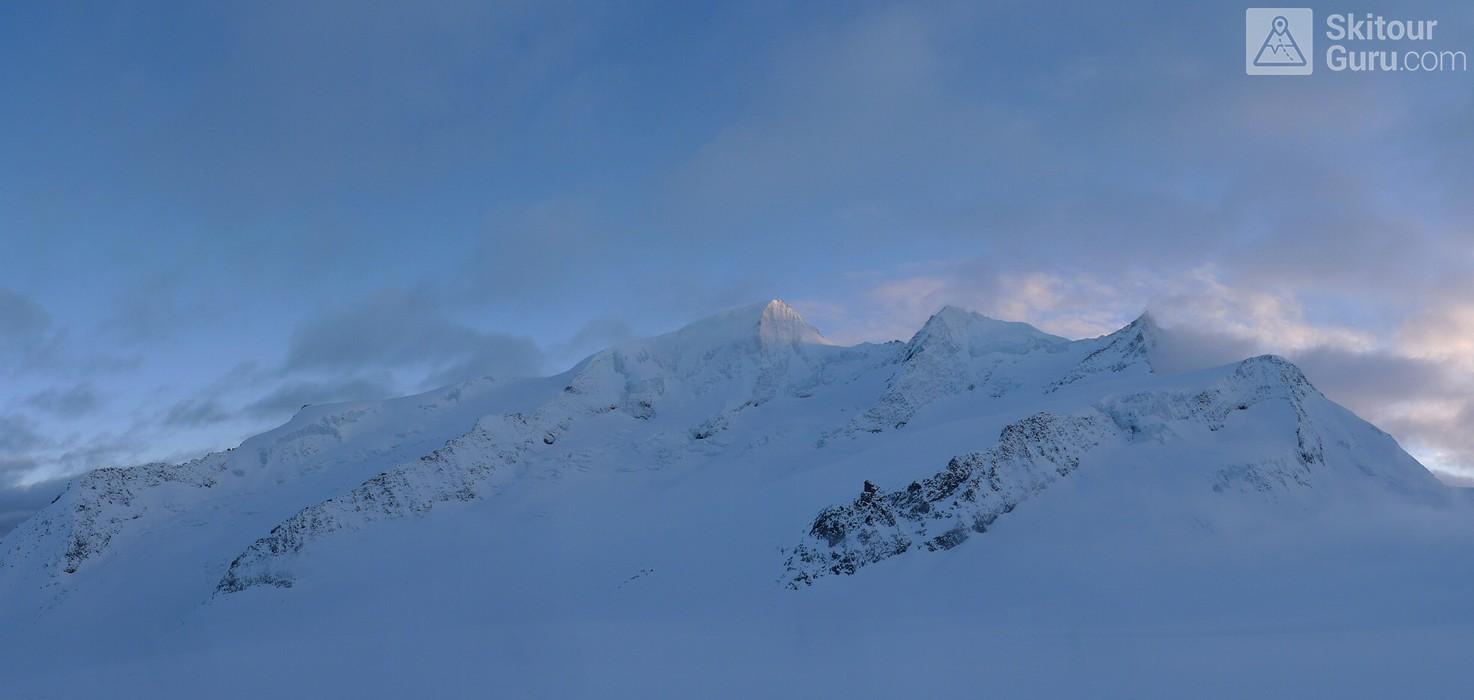Finsteraarhornhütte Berner Alpen / Alpes bernoises Schweiz panorama 23