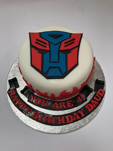 Incredible Optimus Prime Transformer Cake Beautiful Birthday Cakes Personalised Birthday Cards Paralily Jamesorg