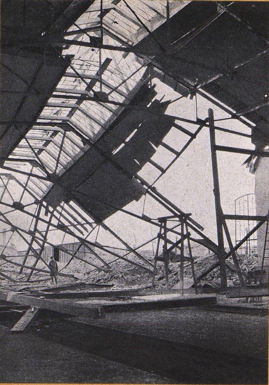 08. Вид части вокзала в Скерневицах