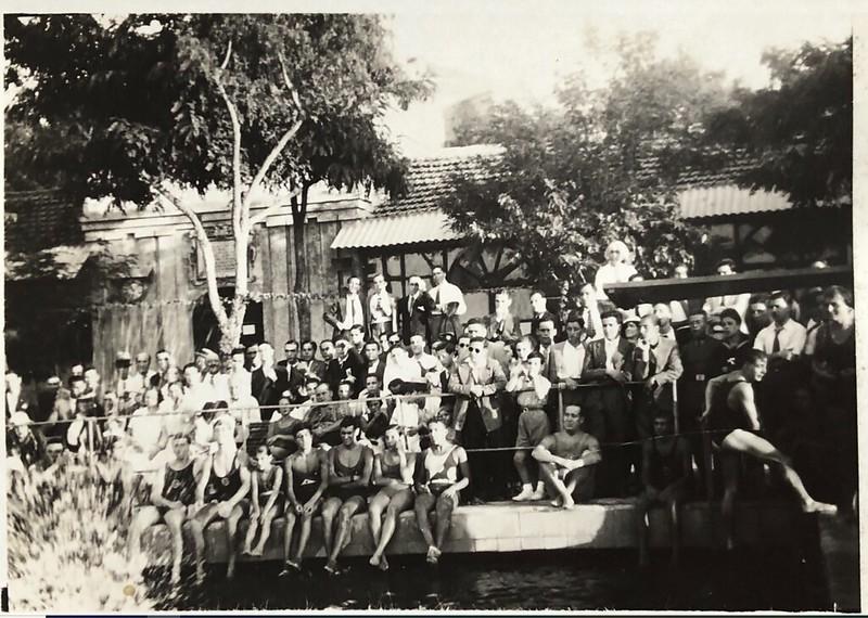Piscina de la Escuela de Gimnasia en 1935.  Fotografía de Eduardo Butragueño Bueno